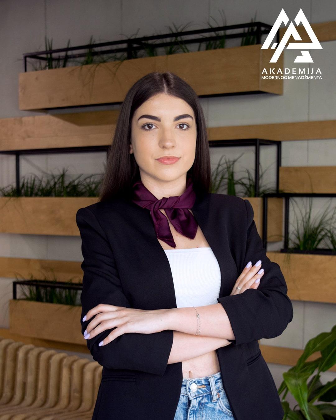 Andrijana Canic-min